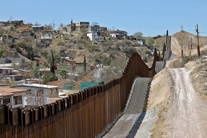Bush Builds Mexico Wall
