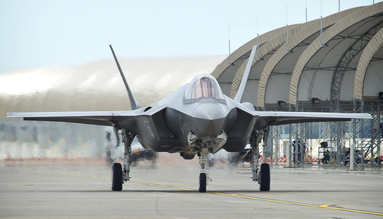 F-35A-front-taxi1.jpg