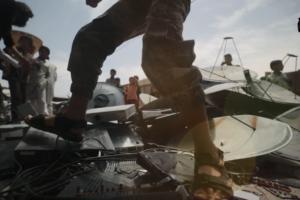 Screen grab from ISIL propaganda video.