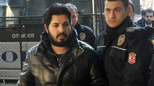 Reza Zarrab, arriving in New York after his arrest in Miami, is a dual citizen of Turkey and his native Iran. / Reuters