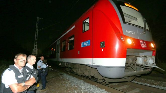 ISIL flag found in room of teen who attacked passengers on German train