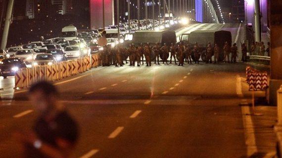 Flashback: International media silent as Turkey teeters on the brink of civil war
