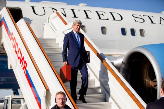 Assad says U.S. 'not serious' about defeating ISIL; Kerry in Moscow with 'final offer' on Syria