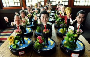 dough figurines of G20 Country Leaders made by folk craftsman Wu Xiaoli for welcoming the coming summit in Hangzhou, east China's Zhejiang province. The 11th G20 Leaders Summit will be held from Sept. 4 to 5 in Hangzhou. /AFP
