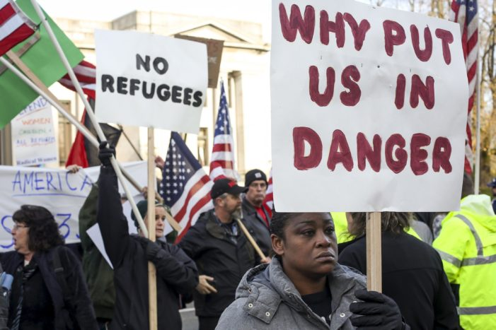 Poll: Few Americans support Syrian refugees entering U.S.