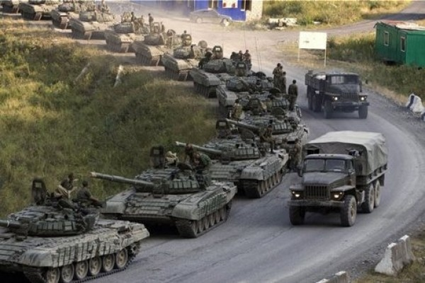 Pentagon: Putin deploys 40,000 troops to staging areas near Ukraine border