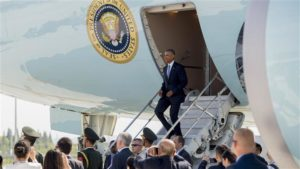 US President Barack Obama disembarks from Air Force One upon arrival at Hangzhou Xioshan International Airport on Sept. 3. /AFP