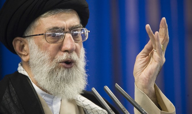 Khamenei condemns U.S., calls 'creation of fear in the enemy' key to peace in the region