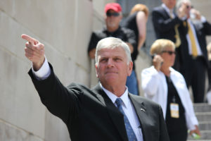 Franklin Graham speaks at the state capitol in Raleigh, North Carolina. /Flickr/Creative Commons