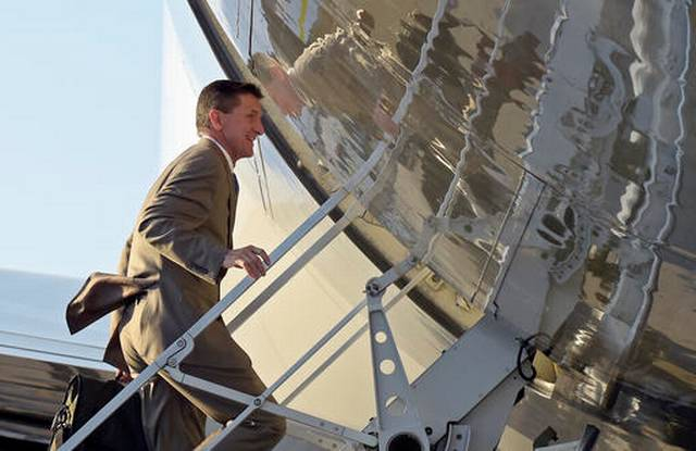 Major media narrative on Flynn, Russia ties sinks as facts come to light