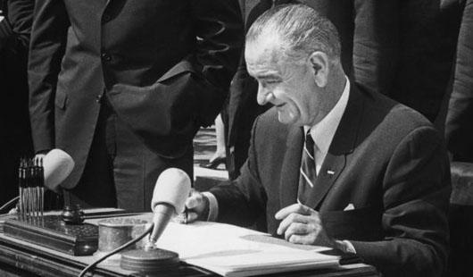 lbj analysis On november 27, 1963, president lyndon baines johnson delivered a speech regarding the assassination of president john fitzgerald kennedy jfk was assassinated by lee harvey.