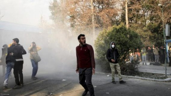 Thousands arrested following Iran protests; Death in prison gives rise to fears of torture