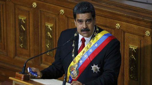 Oil secures Socialist Venezuela's elite as refugees flee failed state