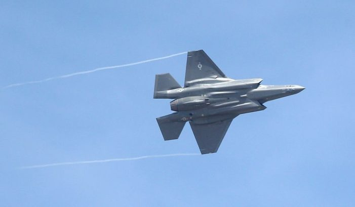 Pentagon weighs deploying F-35s against ISIL