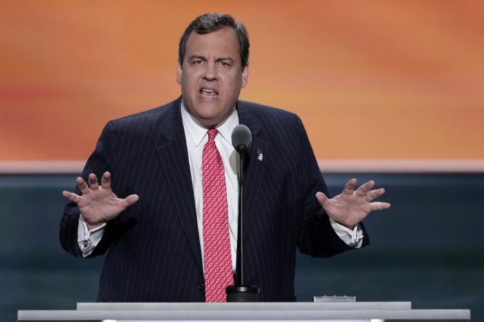 Christie puts Hillary Clinton on trial at GOP convention
