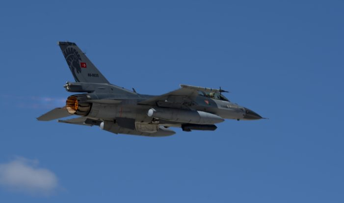 Turkish airstrikes take aim at both U.S.-backed Kurdish forces and ISIL in Syria