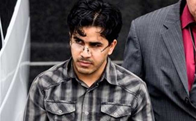 Iraqi refugee who plotted to bomb shopping malls pleads guilty in Houston