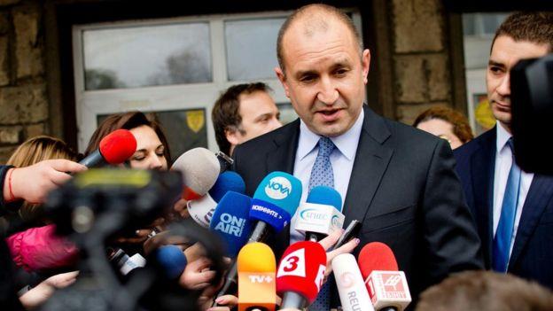Pro-Russia candidates win presidential elections in Bulgaria, Moldova