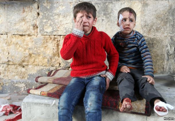 10,000 Syrians flee homes in Aleppo as government forces advance