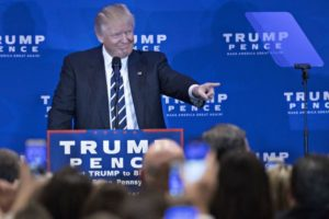 GOP presidential candidate Donald Trump speaks about Obamacare in King of Prussia, Pennsylvania, on Nov. 1. /Bloomberg