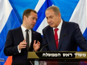 Russian Prime Minister Dmitry Medvedev and Israeli Prime Minister Benjamin Netanyahu meet in Jerusalem on Nov. 10. /AFP/Getty Images