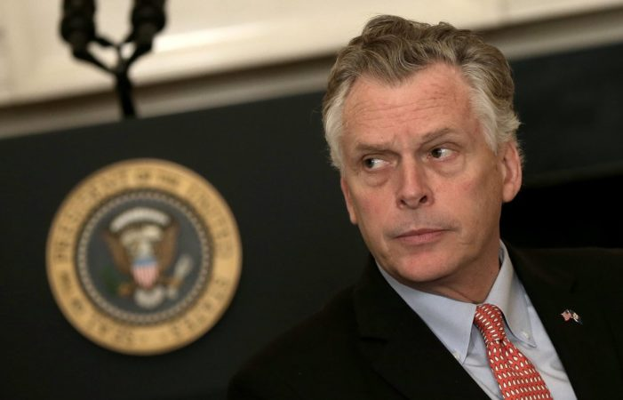 Report: Virginia's Gov. McAuliffe used auto pen to grant voting rights to 60,000 felons