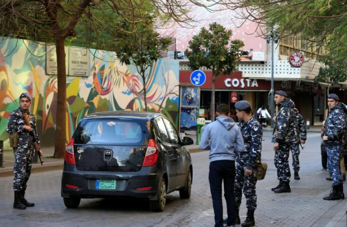 Would-be suicide bomber, who attempted to enter Beirut cafe, says he is with ISIL