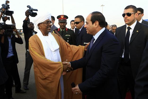 Sudan seen abandoning Muslim Brotherhood to repair relations with Egypt