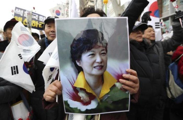 South Korean conservatives fight back, decry media bias