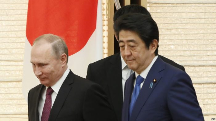 Japan's Abe to meet with Putin in Russia on April 27