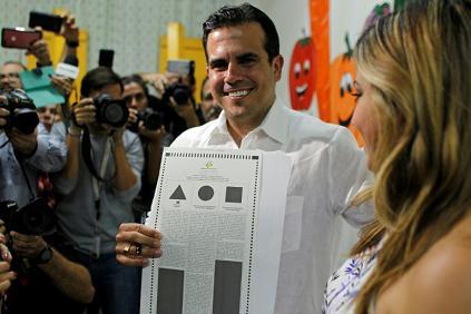 Bankrupt Puerto Rico votes for full U.S. statehood