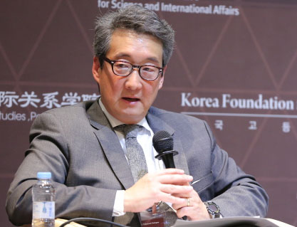 U.S. seeks to assure South Korea after withdrawing nomination of ambassador to Seoul