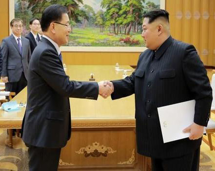 Kim Jong-Un meets South Korean delegation, agrees to summit just South of DMZ