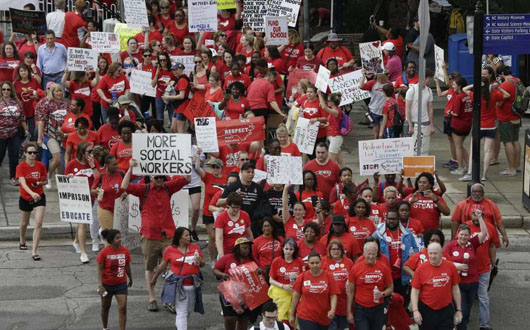 Working parents in NC scramble for childcare as teachers rally in Raleigh