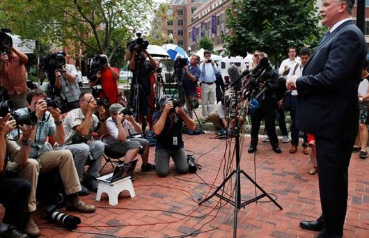 Major media outlets accused of intimidating Manafort jury