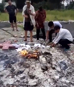 Massive Christian crackdown in China: Authorities burn Bibles, demolish house churches