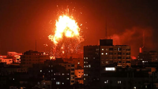 Israel on brink of war as 'deal of the century' waits in the wings
