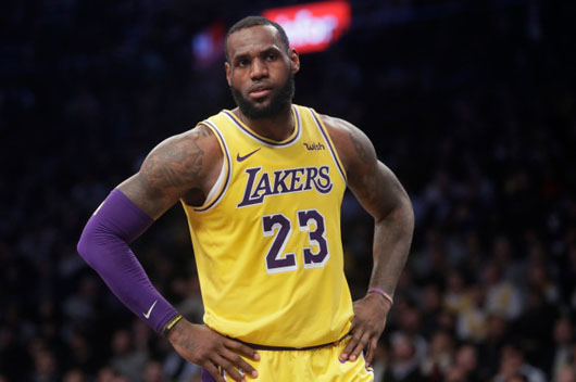 LeBron James: NFL owners have 'slave mentality'