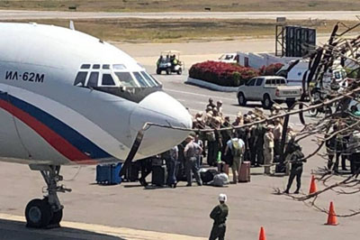 Report: Russian planes carrying troops arrive in Venezuela