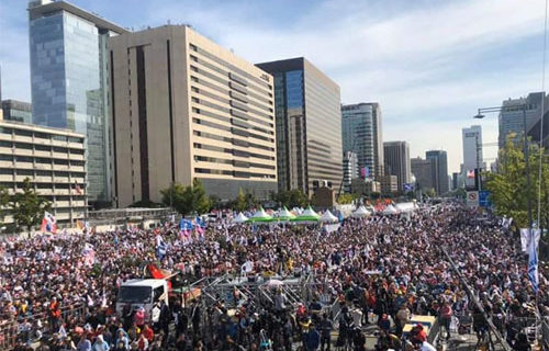 Memo to sophisticates in Seoul embarrassed by pro-U.S. demonstrations: Get over it