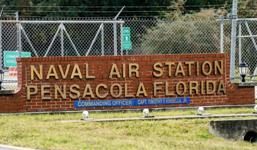After Pensacola, Navy pilots demand right to bear arms on base