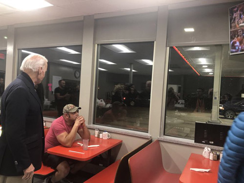Who? Biden stopped at the Cornstalk Cafe, and one diner was not impressed