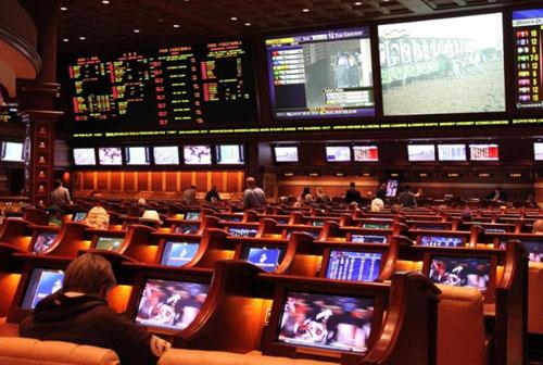 Gamblers raise stakes on creativity during sports shutdown