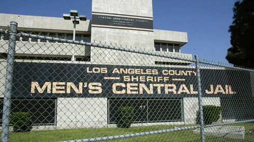 Report: LA County doesn't test freed inmates for COVID-19