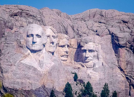 Poll: Overwhelming American support for Mt. Rushmore