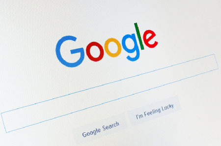 Report: Google pushes conservative media far down in search results