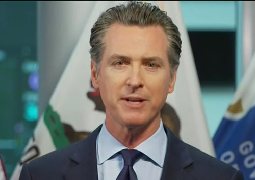 As Newsom threatens covid curfew, California lawmakers party in Hawaii