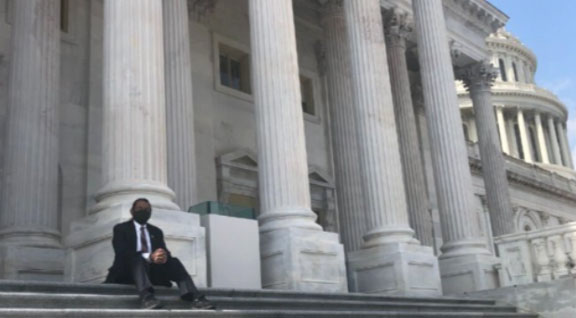 Rep. Al Green's insurrection 'stunt' taken seriously by corporate media