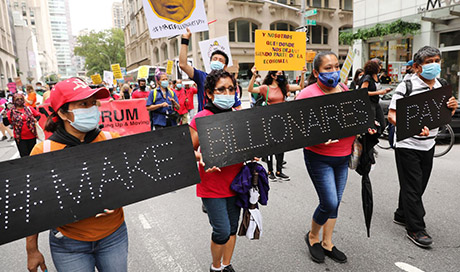 Columnist says corporate America abandoned Americans: 'Punish the bastards'