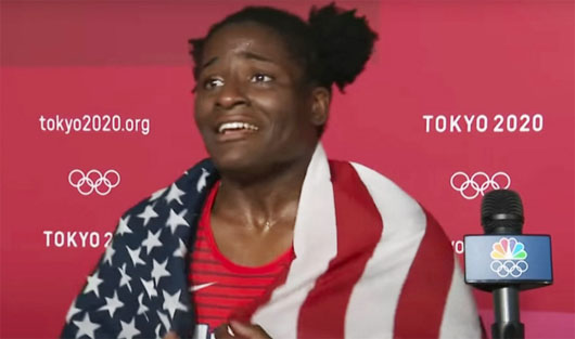Wrestler loses gold over pro-USA gaffe: 'I got excited and lost my head'